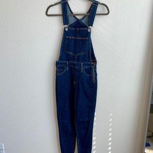Levi's overalls size 25